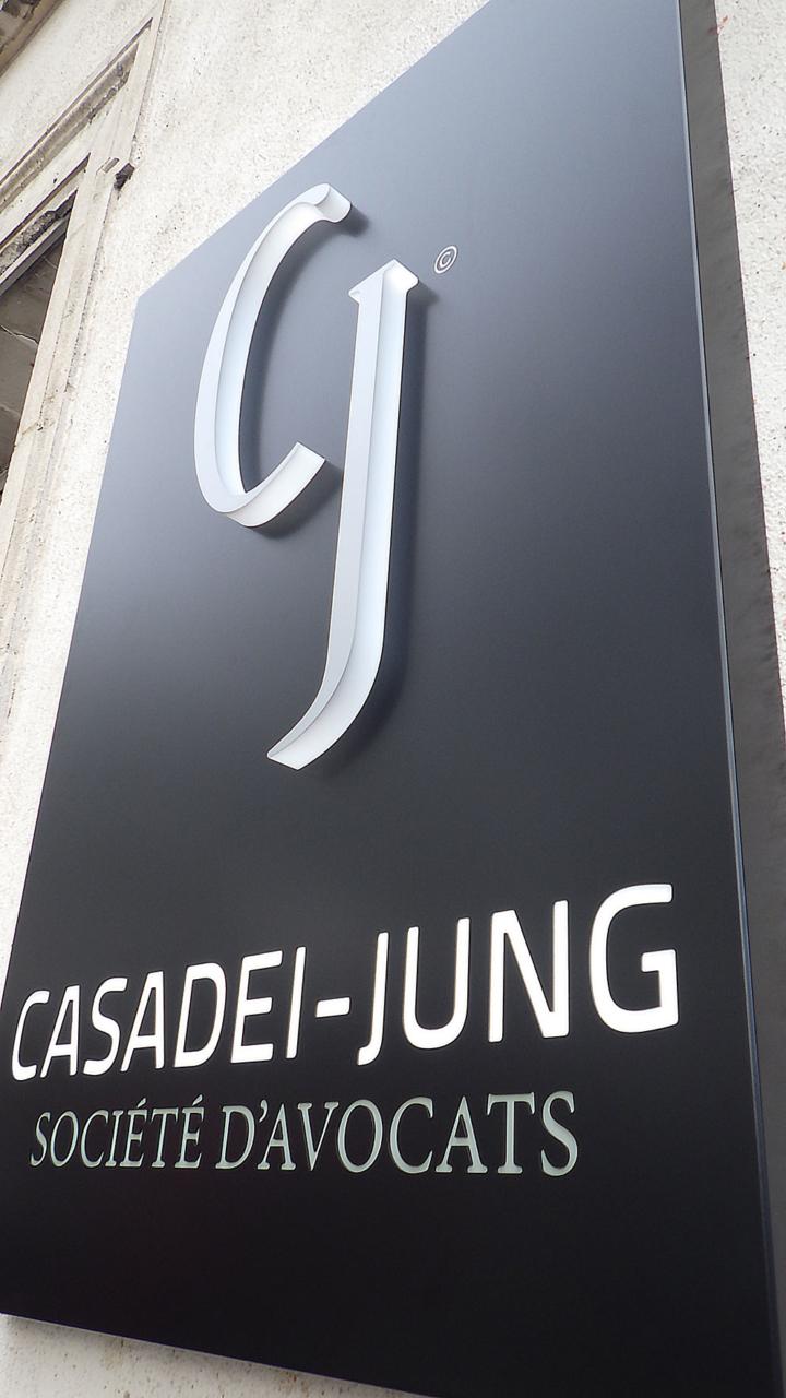 Enseigne pour Cassadei Jung